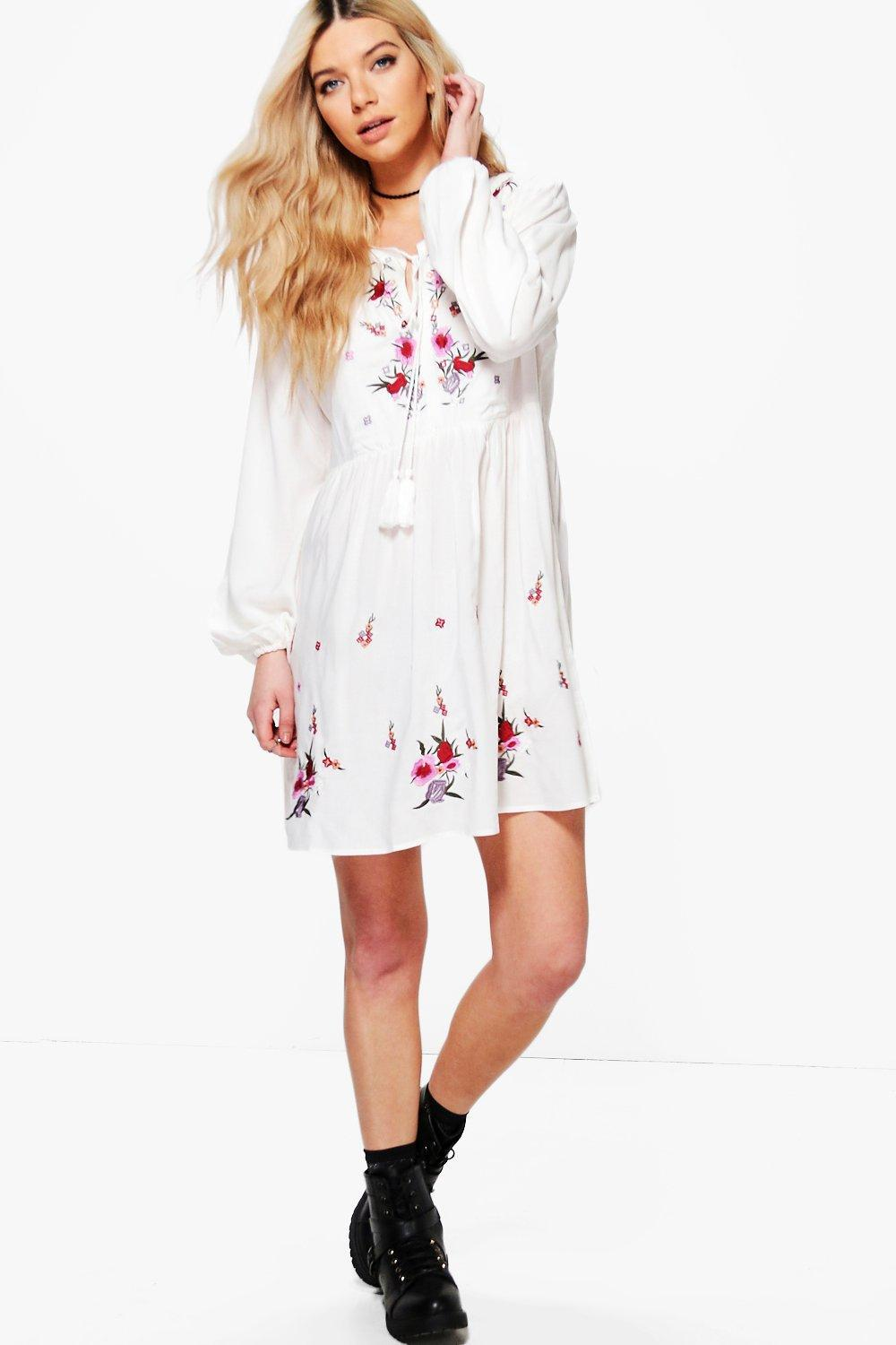 a78ac3dd6d7af Boohoo Embroidered Smock Dress in White - Lyst