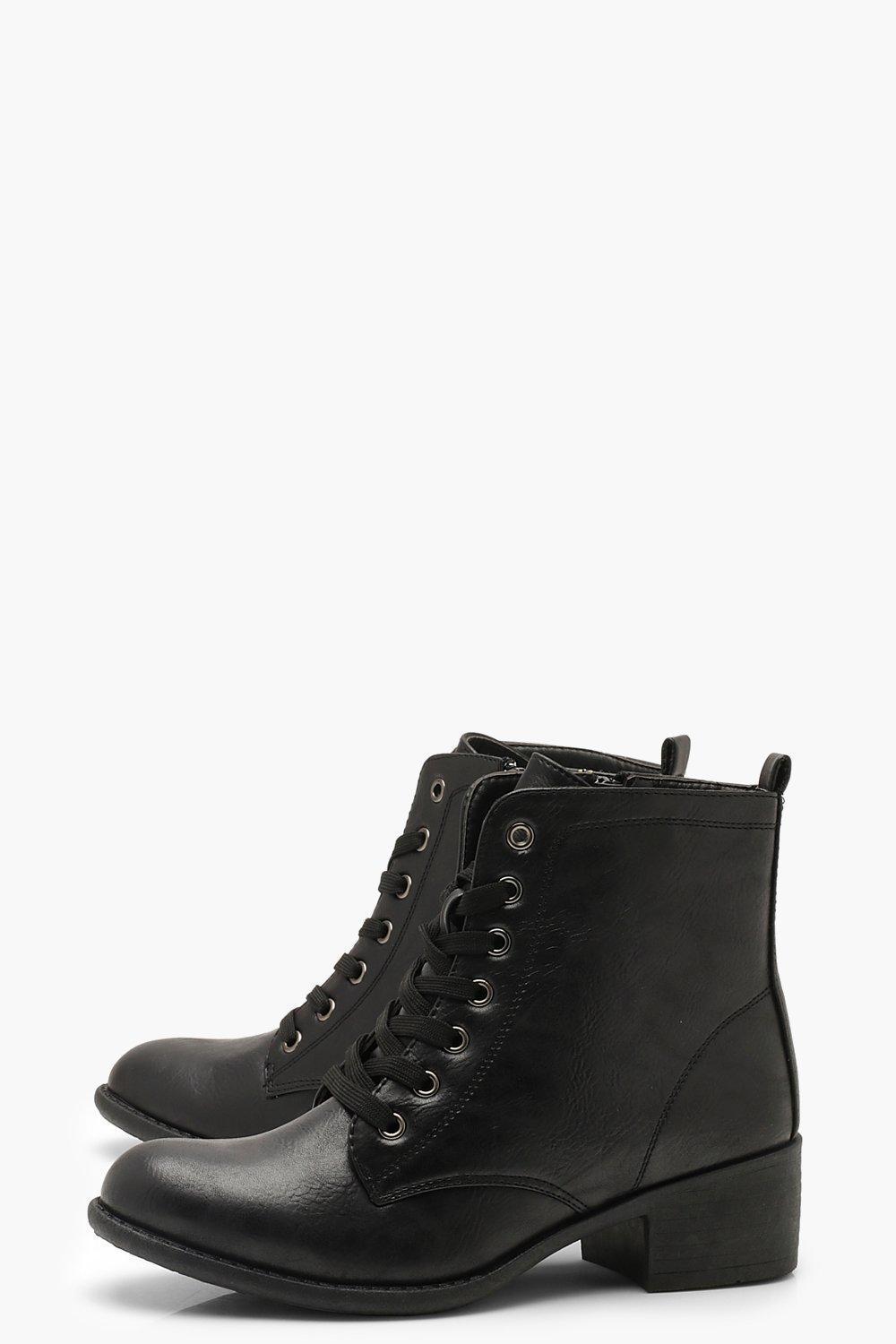 30aa8cc77a2 Lyst - Boohoo Lace Up Block Heel Hiker Boots in Black