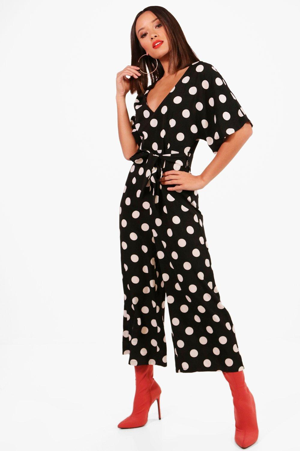c27a129ffb47 Boohoo Polka Dot Capped Sleeve Culotte Jumpsuit in Black - Lyst