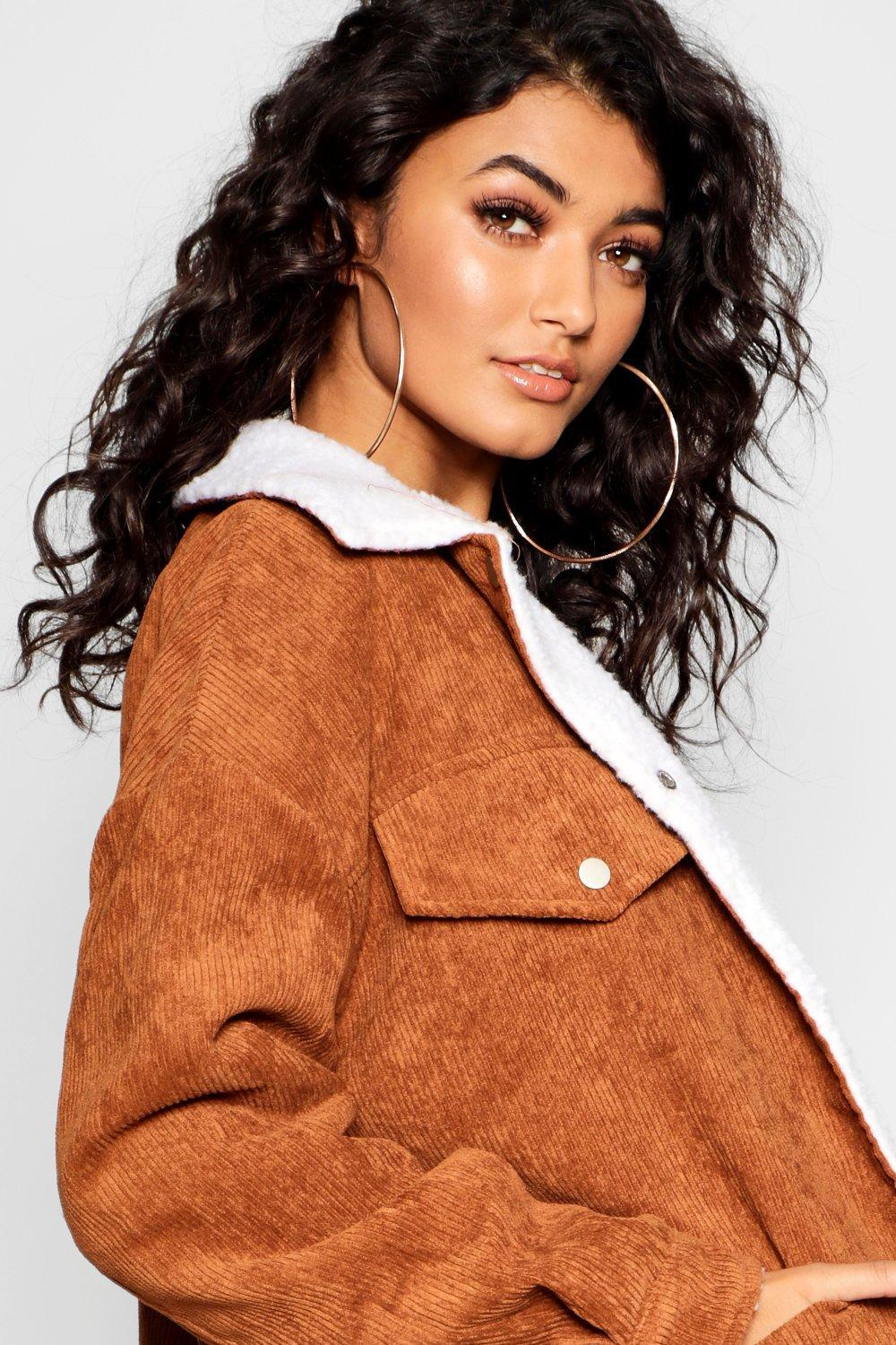 28bd0d93a Boohoo Borg Lined Oversized Cord Trucker Jacket - Lyst