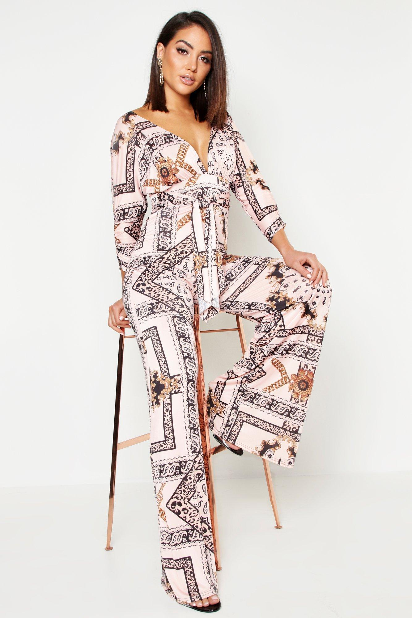00d45cc8fbd Lyst - Boohoo Slinky Chain Print Wide Leg Plunge Jumpsuit in Pink