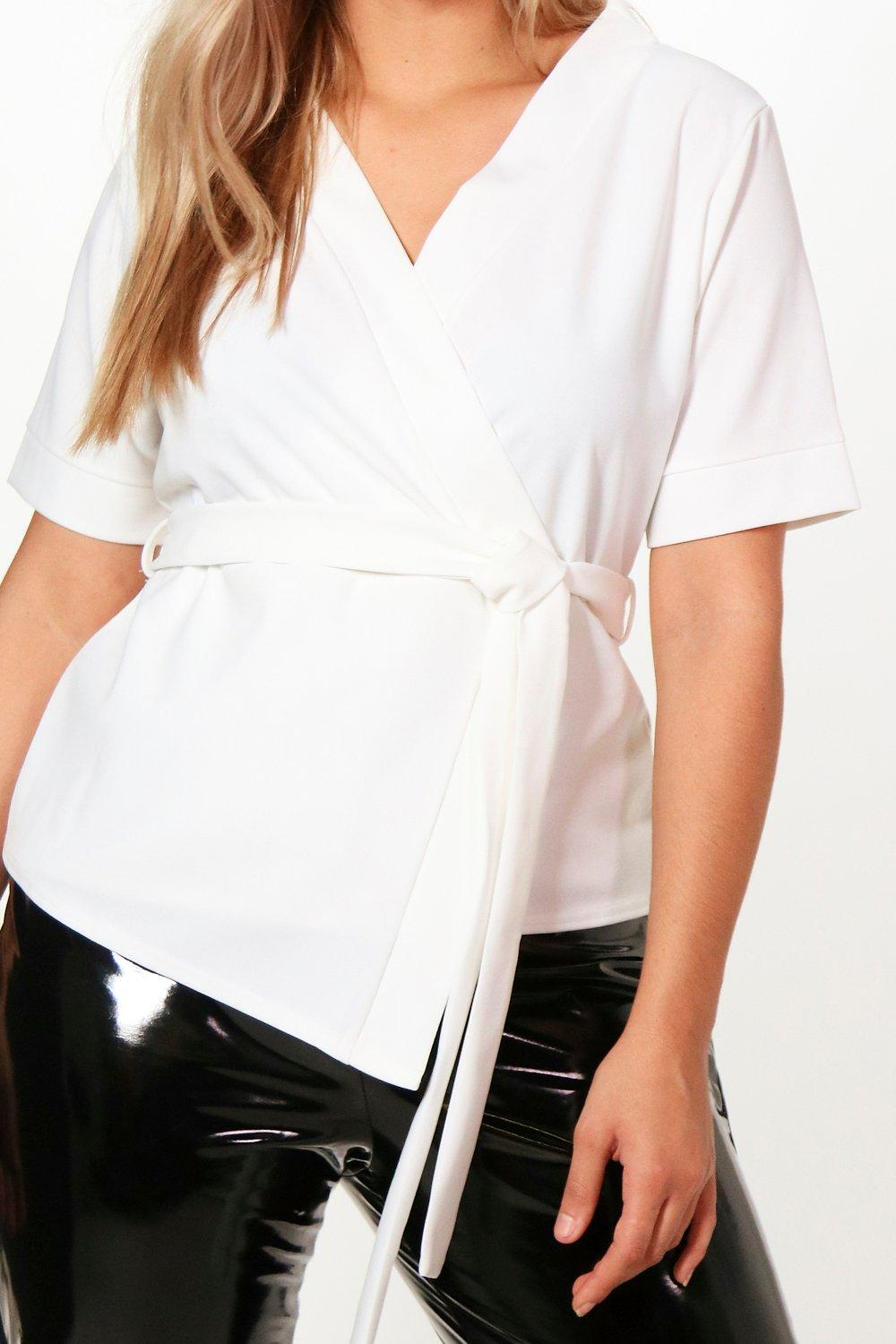 f4793a5fb55e6 Boohoo - Black Plus Short Sleeved Wrap Tie Waist Top - Lyst. View fullscreen
