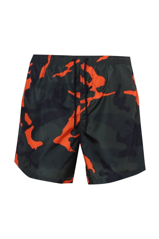 ca579ba35bcef BoohooMAN Badehose Bedruckt Mit Orangenem Camouflage-muster for Men ...