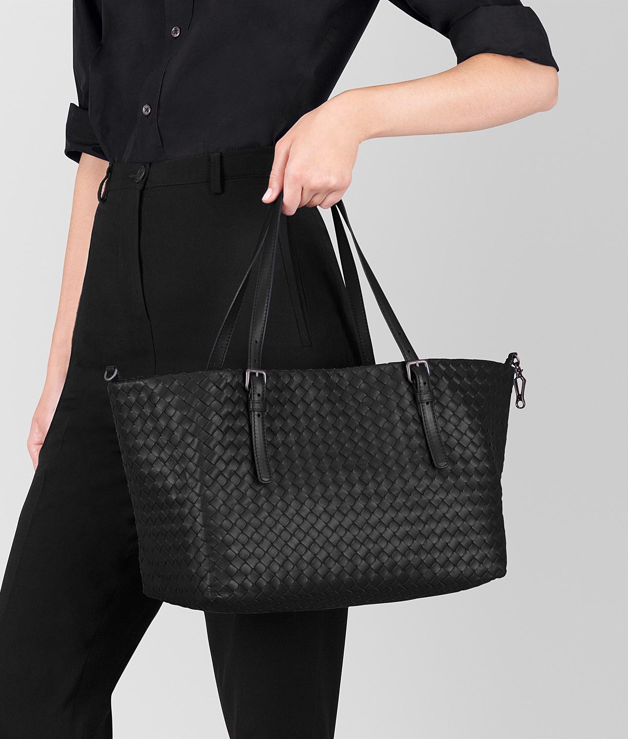 Bottega Veneta Nero Intrecciato Nappa Leather Medium Cesta Bag in ... a0e7bb90b1