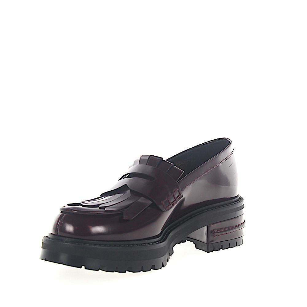 8b13908cca9 ... Loafer Fight Plateau Leather Bordeaux Foldover Fringes - Lyst. View  fullscreen