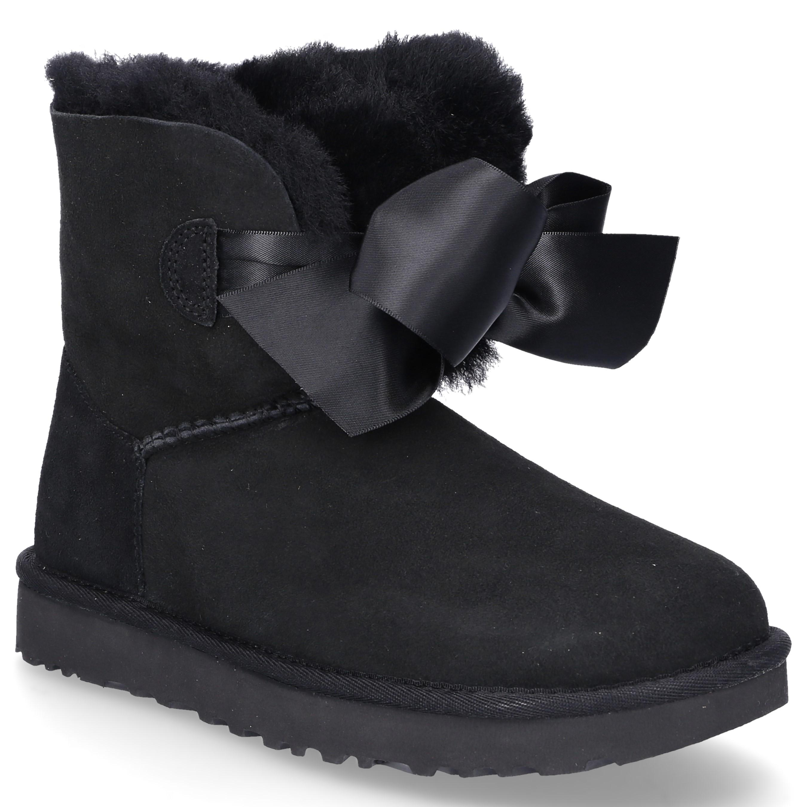 dc13b768bf4 UGG Ankle Boots Black Gita Bow in Black - Lyst