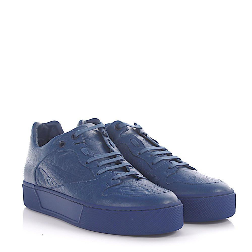 e9cb6355eb171 Balenciaga Sneakers Arena Low Leather Blue Crinkled in Blue for Men ...