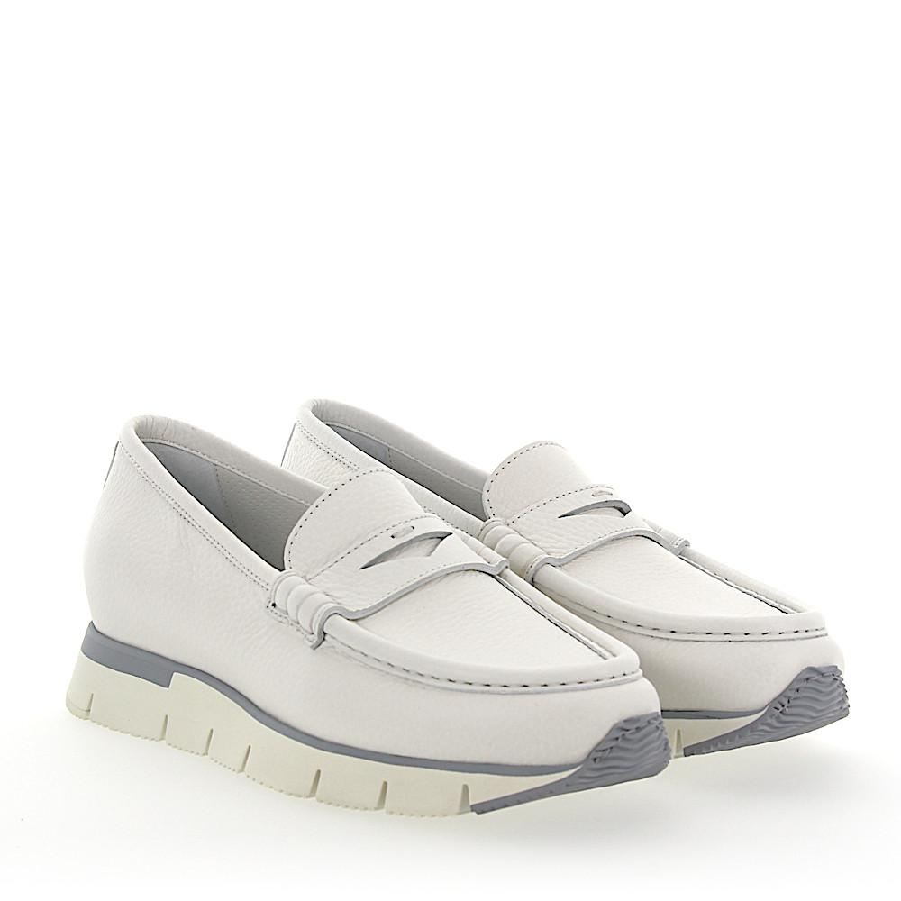 online retailer 3ebd7 79025 santoni-white-Penny-Loafer-60183-Plateau-Leather-White.jpeg