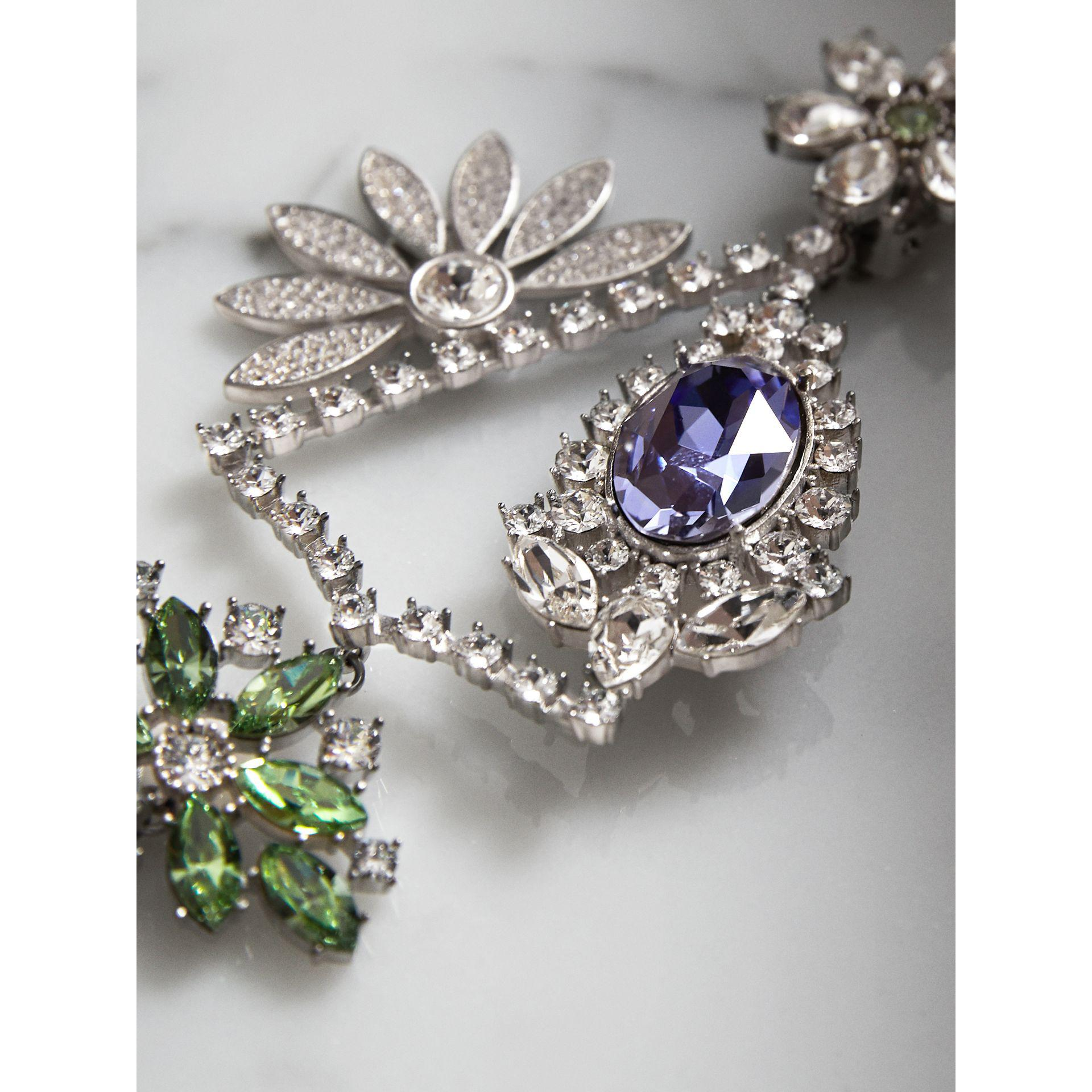 Lyst burberry crystal daisy chandelier earring and stud set view fullscreen arubaitofo Gallery