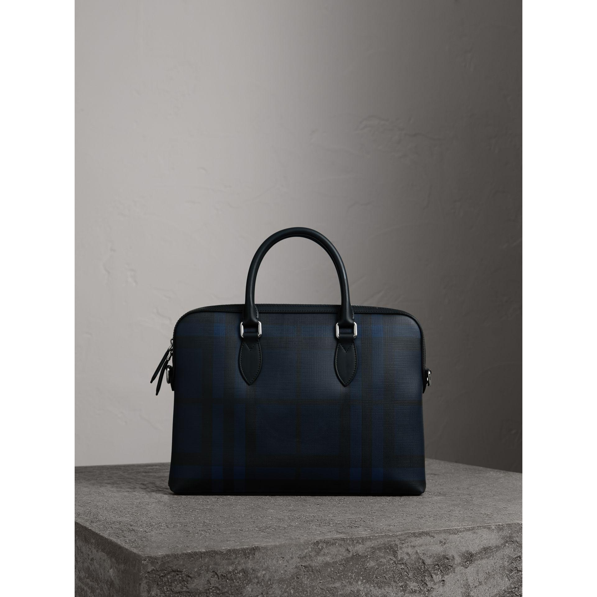 Burberry The Slim Barrow In London Check Navy black for Men - Lyst 1c468a896c6bf