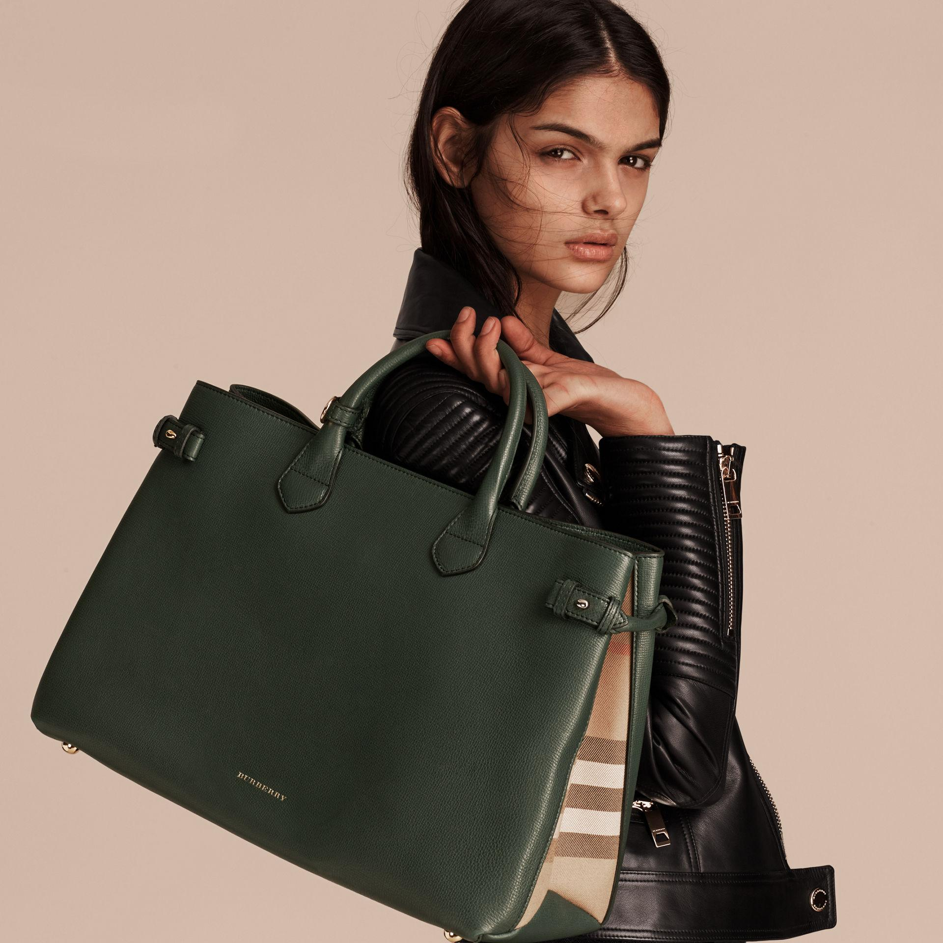 Lyst - Burberry The Large Banner In Leather And House Check Dark ... c9977876f047c
