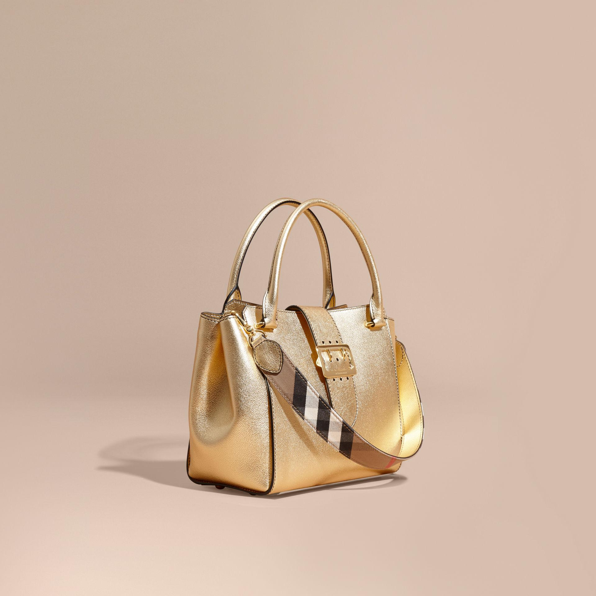 0adc4486a4 Burberry The Medium Buckle Tote In Metallic Leather in Metallic - Lyst