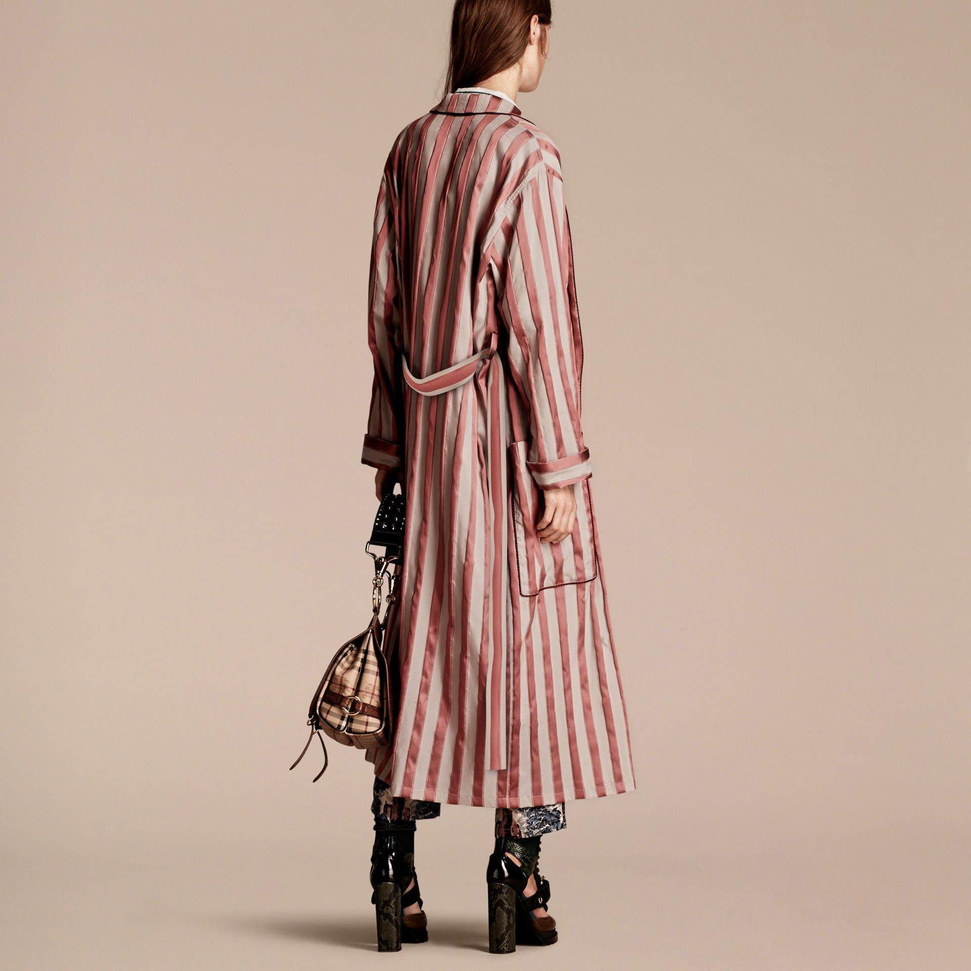 burberry panama stripe cotton silk blend dressing gown. Black Bedroom Furniture Sets. Home Design Ideas