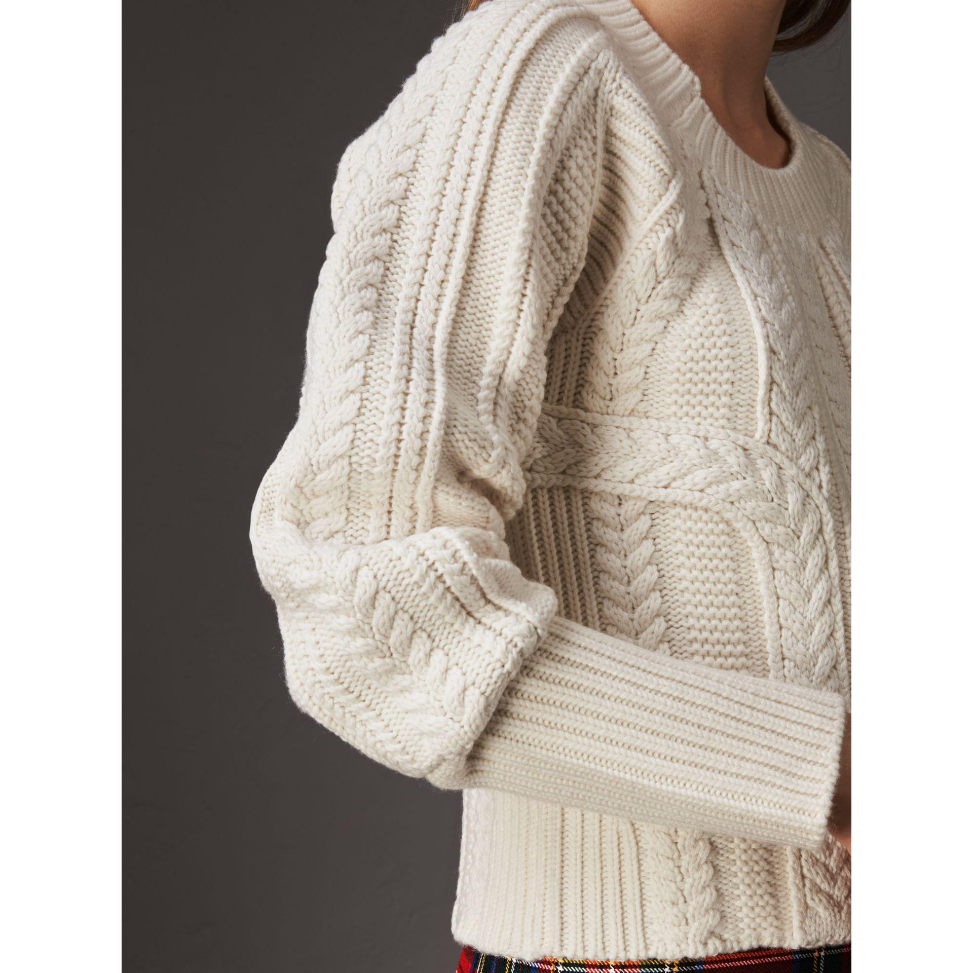 8b3181b9c10fa5 Burberry Two-tone Cable Knit Wool Cashmere Sweater - Lyst