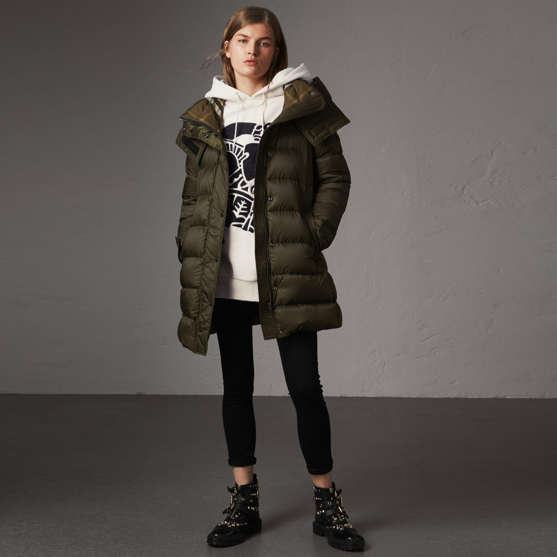 436e7376d Lyst - Burberry Detachable Hooded Down-filled Puffer Coat in Green
