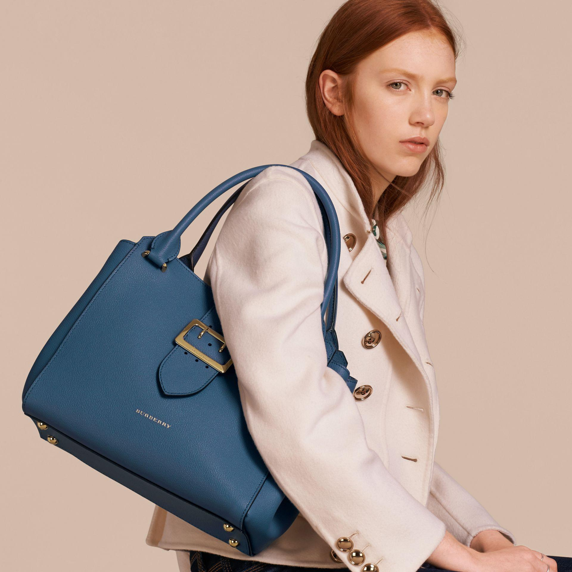 242f3651ff15 Lyst - Burberry The Medium Buckle Tote In Grainy Leather Steel Blue ...