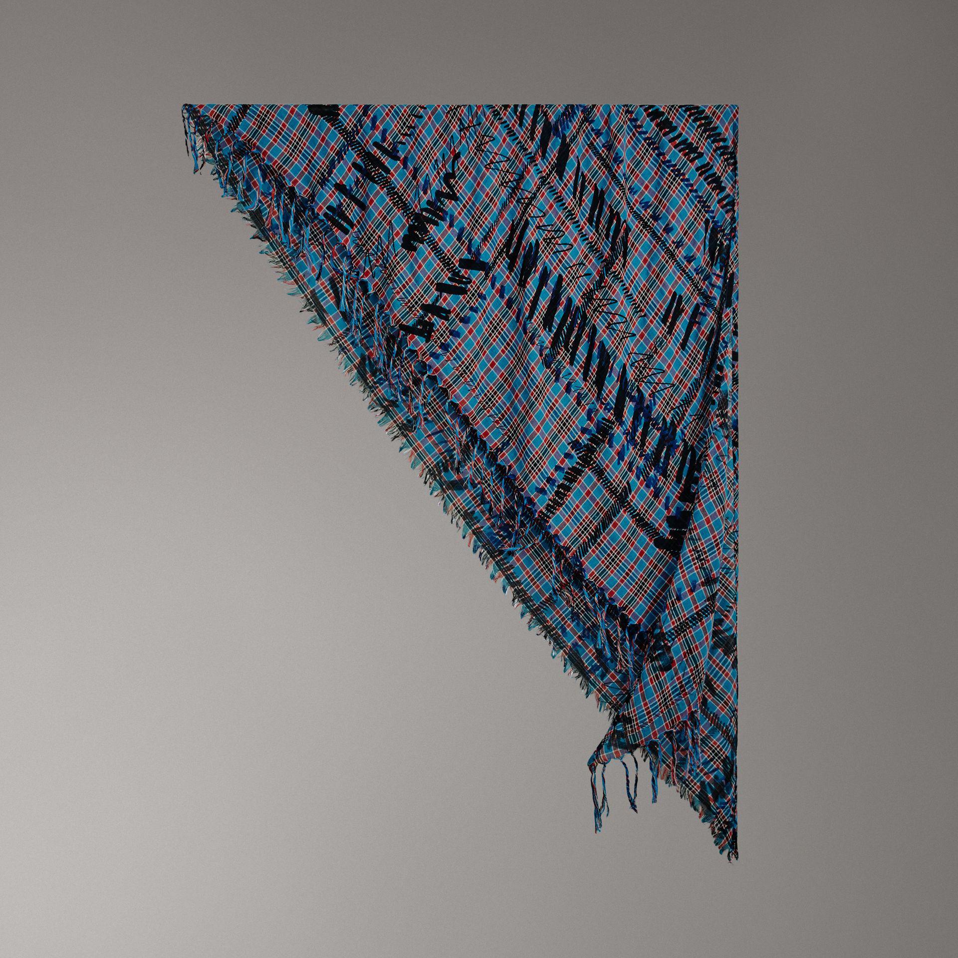 Lyst - Bandana en coton et soie à motif check griffonné Burberry en ... b4d33a3209d