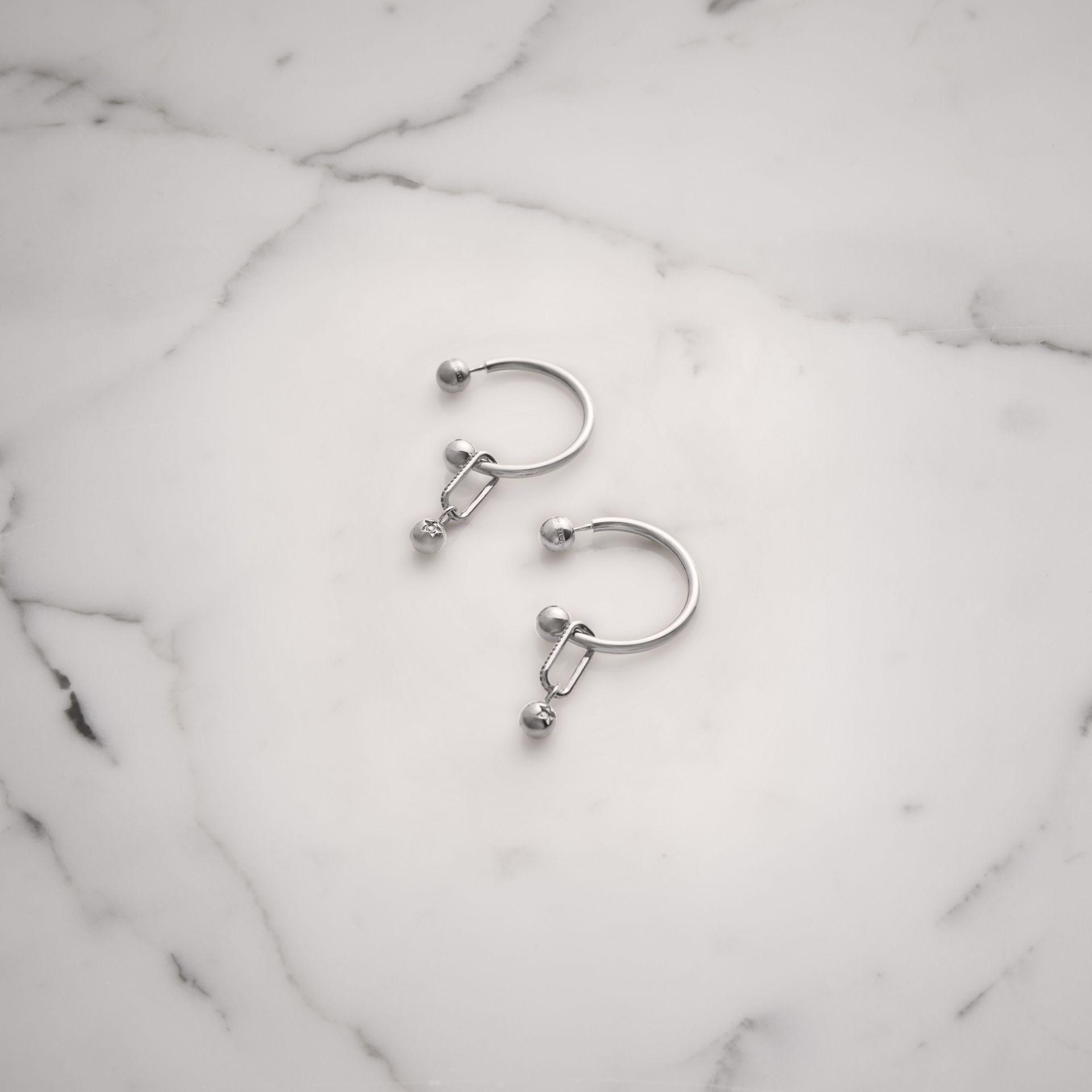 Burberry Crystal Charm Palladium-plated Hoop Earrings - Metallic Pv5bho0GV