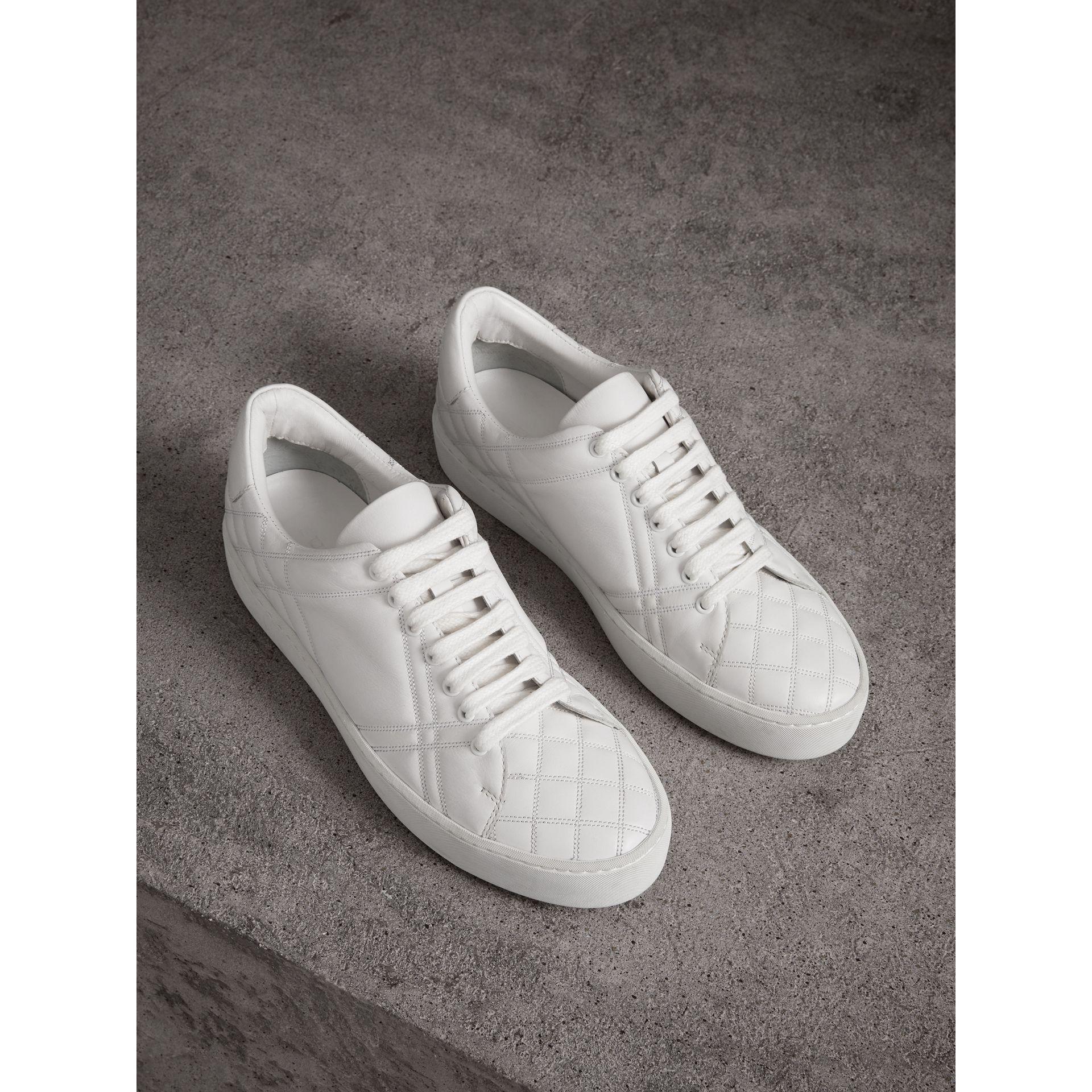 Burberry Check-matelassée Chaussures De Sport En Cuir - Noir cuy870fYvM