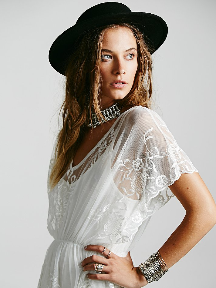 Mesh embroidered dolman dress white