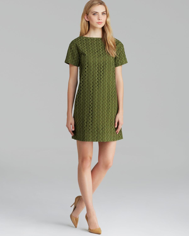 Kate spade new york Short Sleeve Eyelet Shift Dress in Green | Lyst