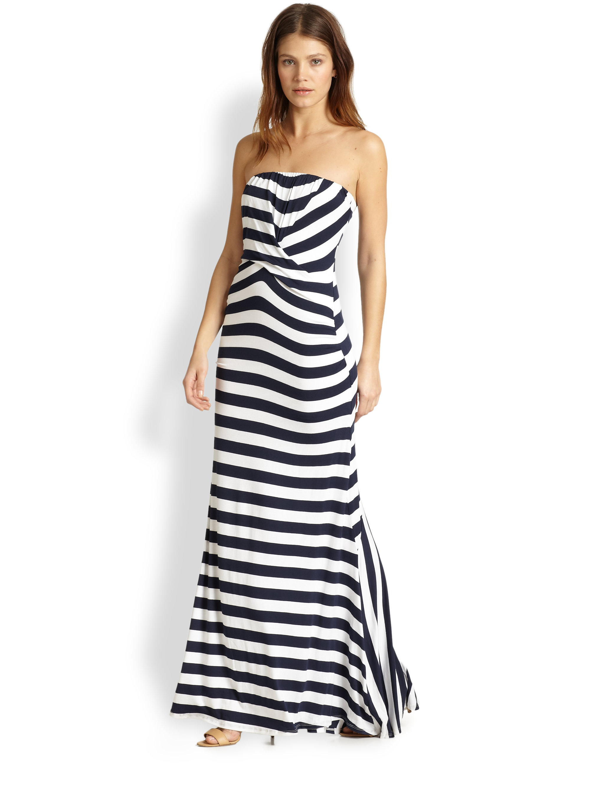 Find and save ideas about Strapless maxi dresses on Pinterest. | See more ideas about Maxi dress outfits, Dresses to wear to a wedding and Cruise formal night. Women's fashion Striped Strapless Maxi Dress More.