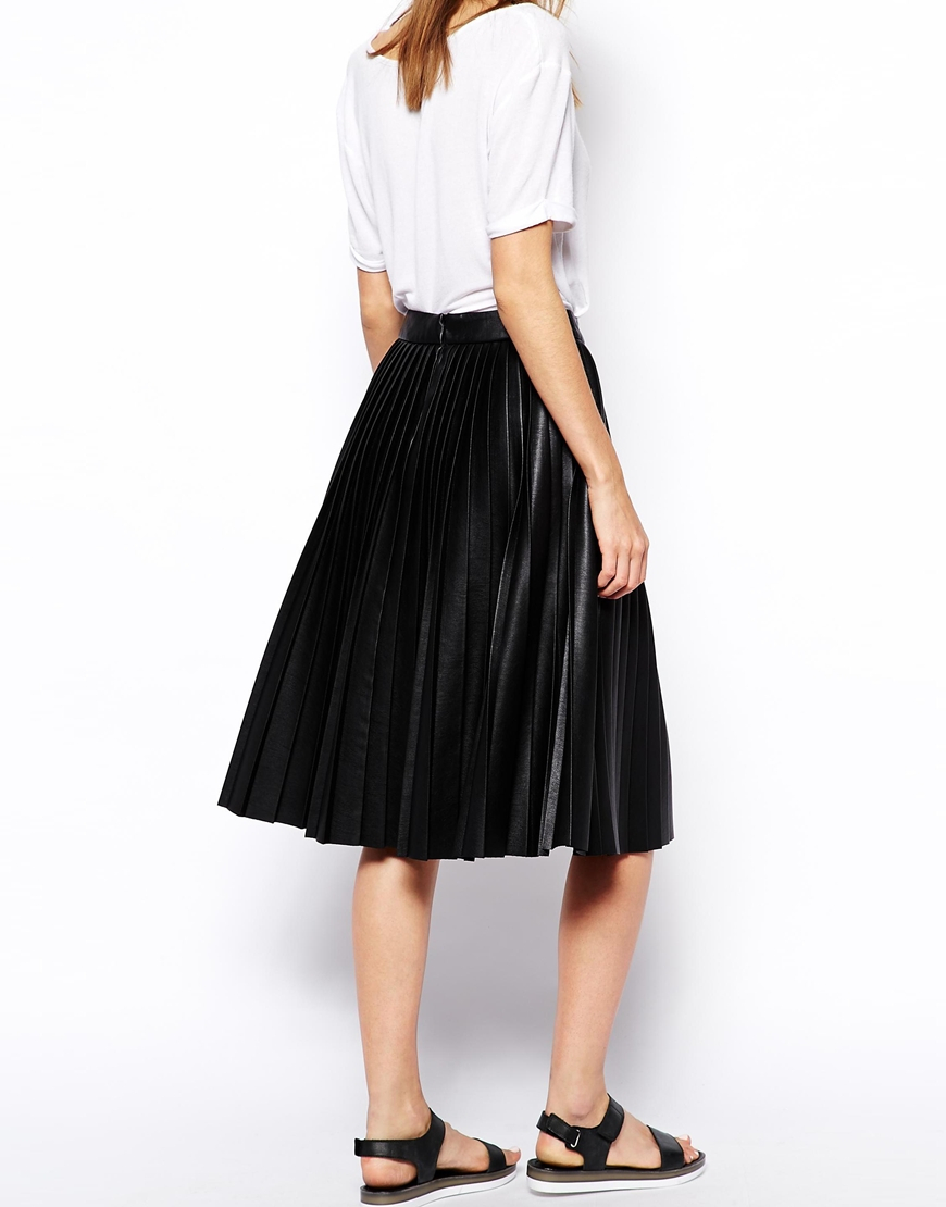 Asos Pleated Midi Skirt In Leather Look in Black | Lyst