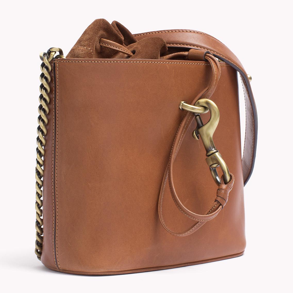 tommy hilfiger diaper bag backpack tommy hilfiger diaper bag 69 off tommy hilfiger handbags. Black Bedroom Furniture Sets. Home Design Ideas