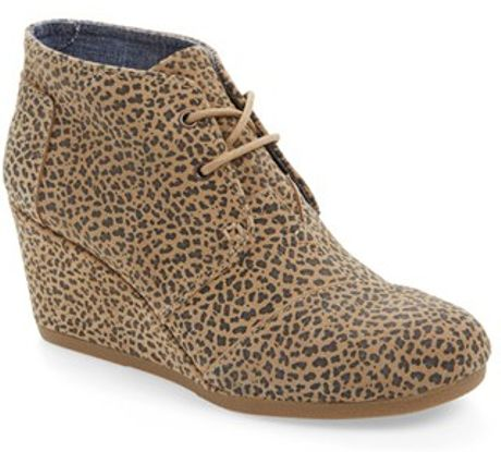 toms desert cheetah wedge ankle boots in beige cheetah