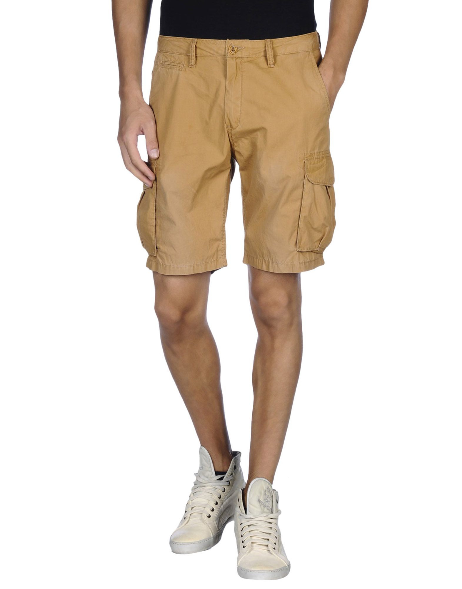 Shop Wrangler for our wide selection of durable & comfortable shorts for men -including cargo and carpenter styles.