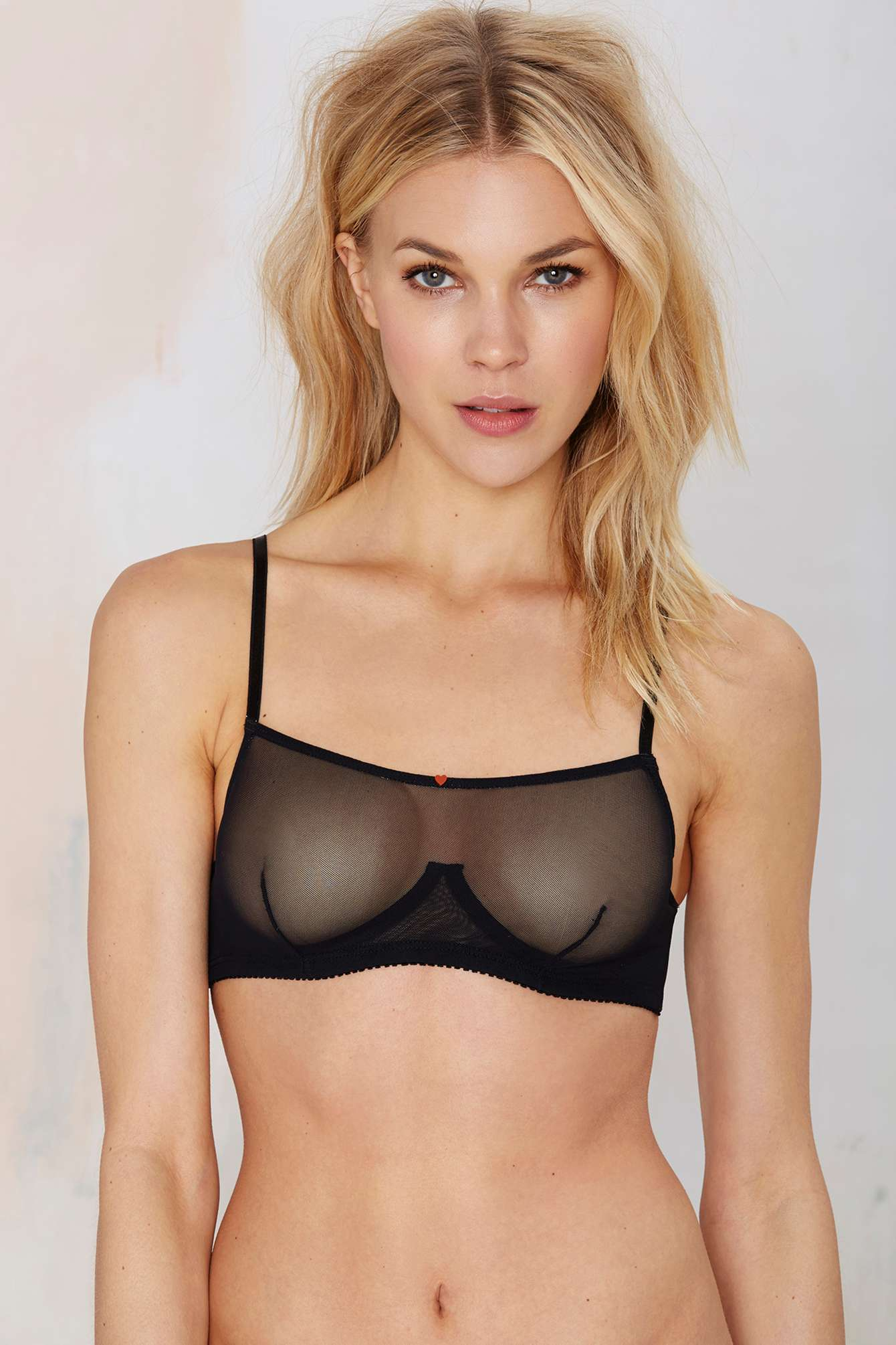 Nasty Gal Clo Intimo Malla Shelf Mesh Bra Black In Black