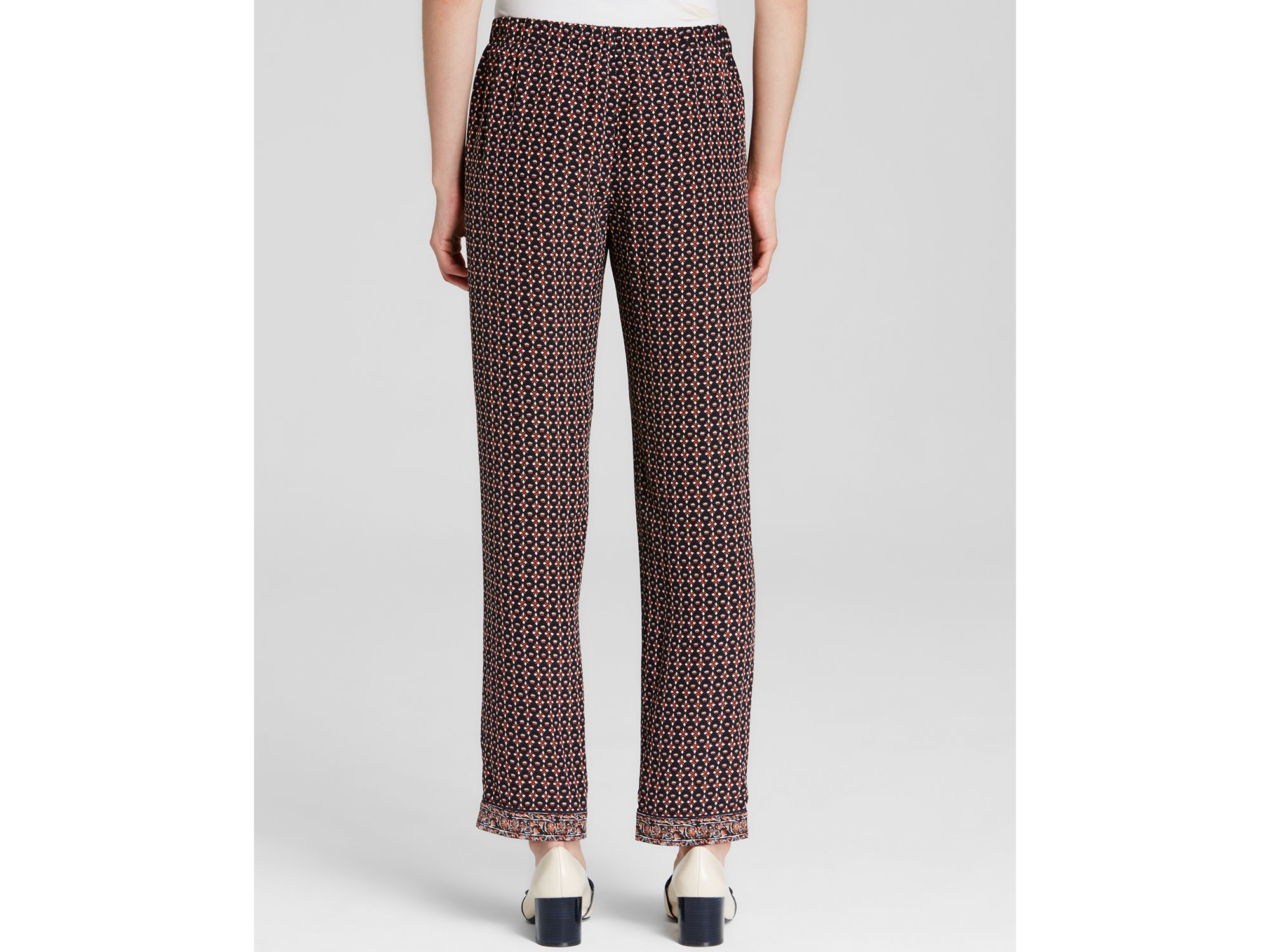 Lyst tory burch geometric floral print silk pants in blue for Tory burch fashion island