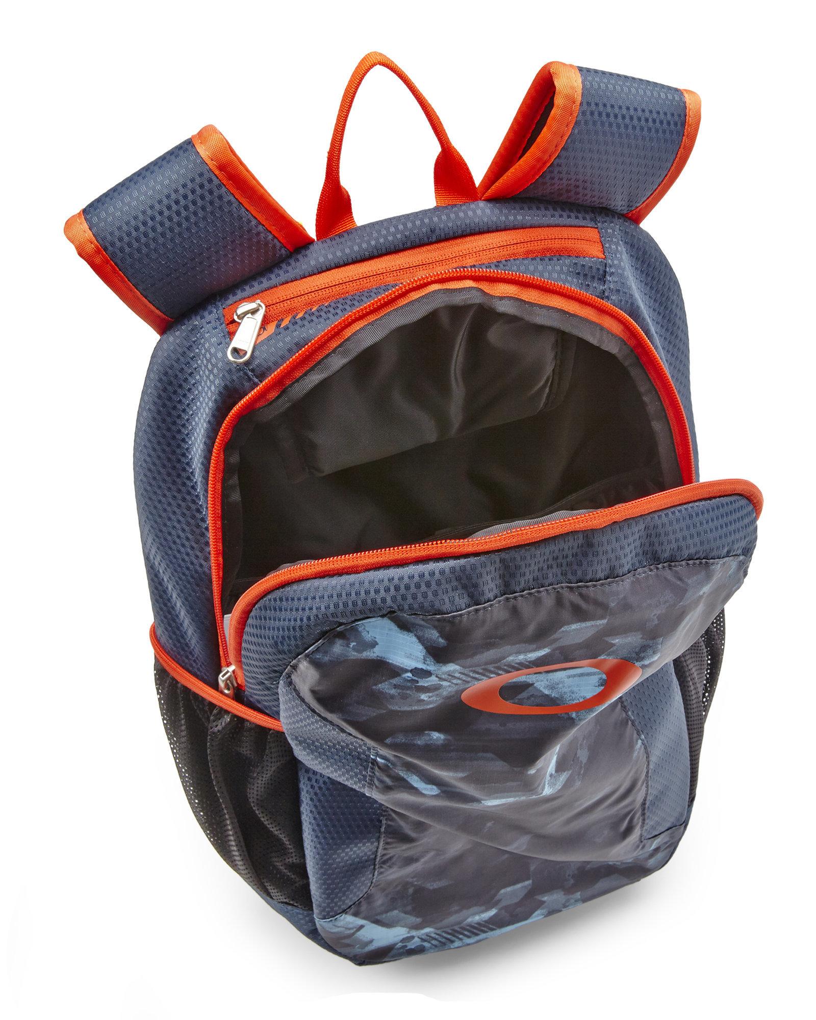 1768618d46 Oakley Orange Backpack « Heritage Malta