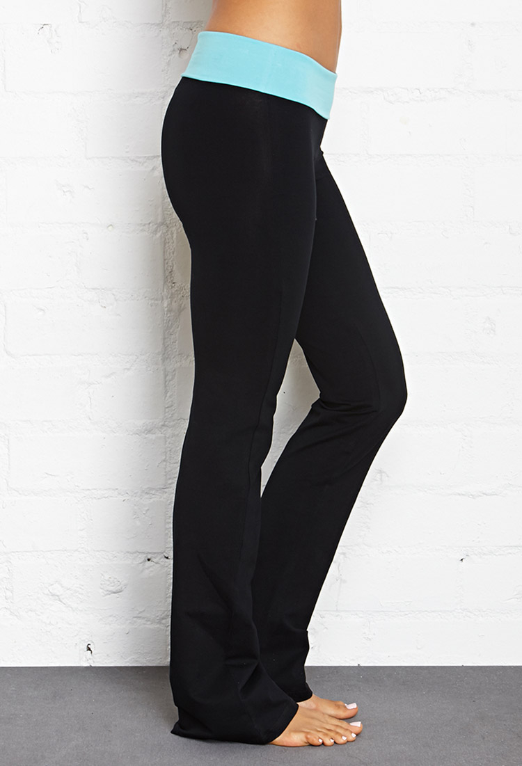 f2d1edbcc4 Forever 21 Fit & Flare Fold-Over Yoga Pants in Black - Lyst
