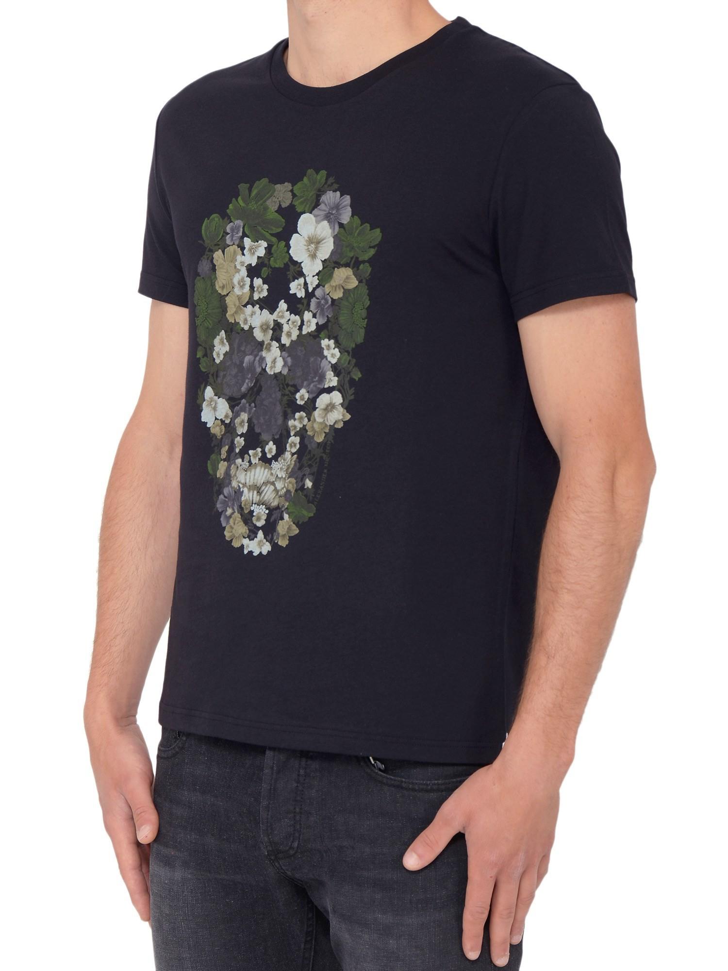 Alexander mcqueen skull print t shirt in black for men for Alexander mcqueen shirt men