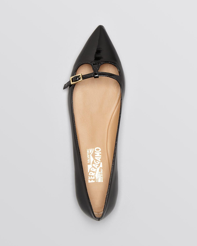 Lyst Ferragamo Pointed Toe Flats Patty C In Black
