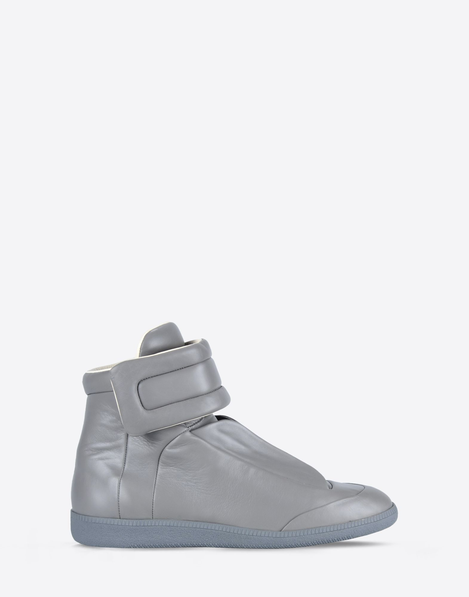maison margiela 39 future high top 39 sneakers in calfskin in gray grey lyst. Black Bedroom Furniture Sets. Home Design Ideas