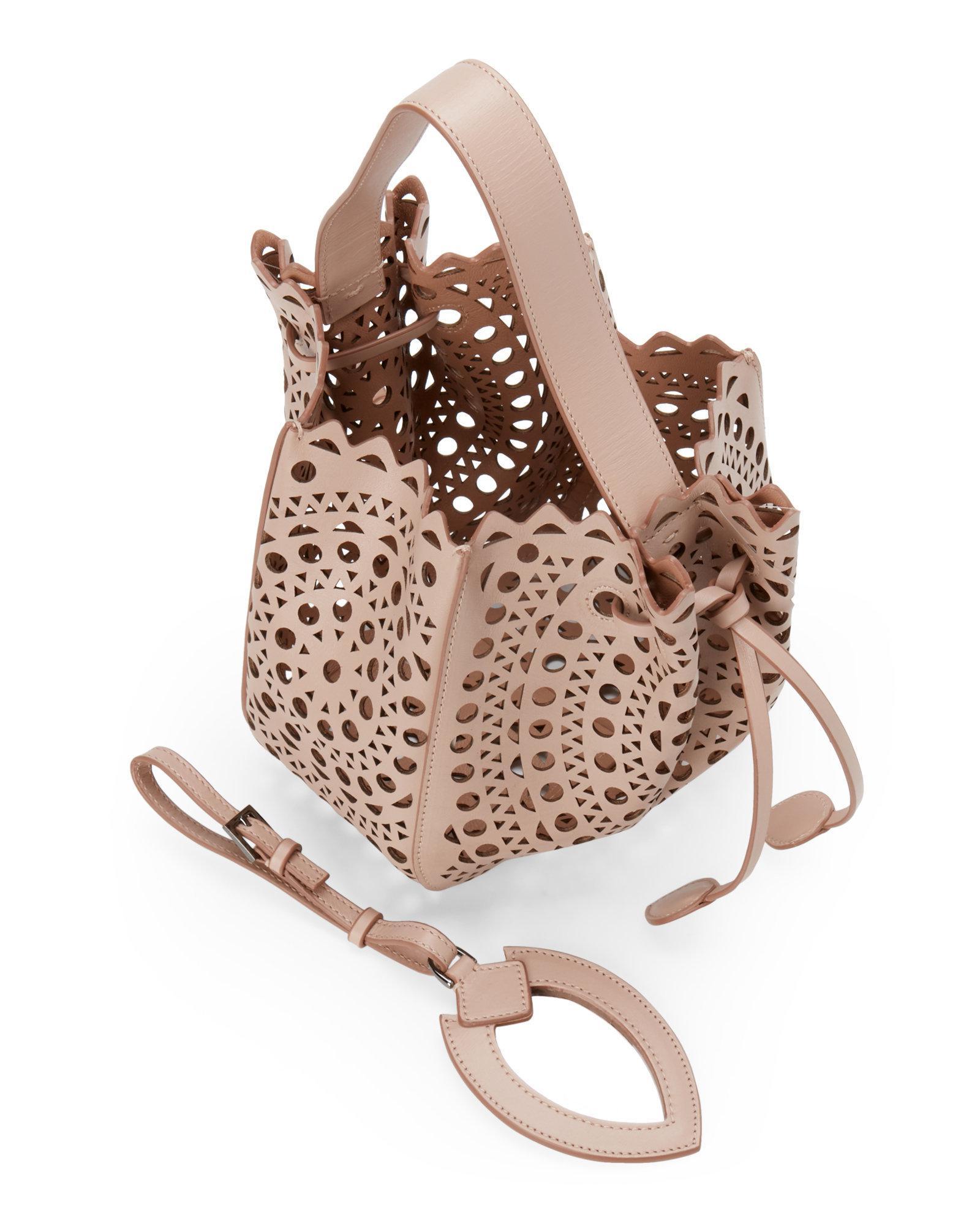 3fd7ec365ecd Alaïa Blush Vienne Laser-cut Mini Bucket Bag - Lyst