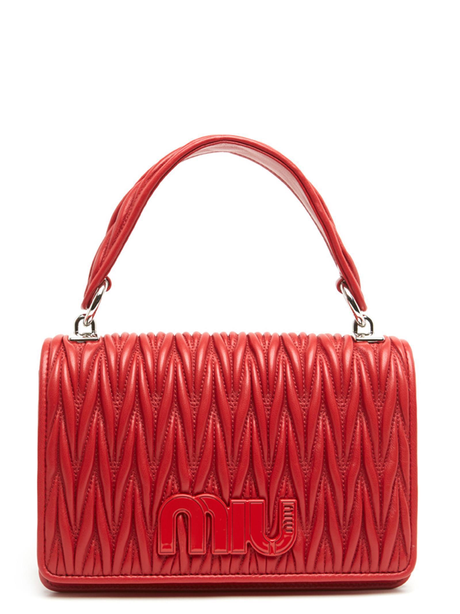 6adaea93b796 Miu Miu Matelassé Shoulder Bag in Red - Save 30.92161929371231% - Lyst