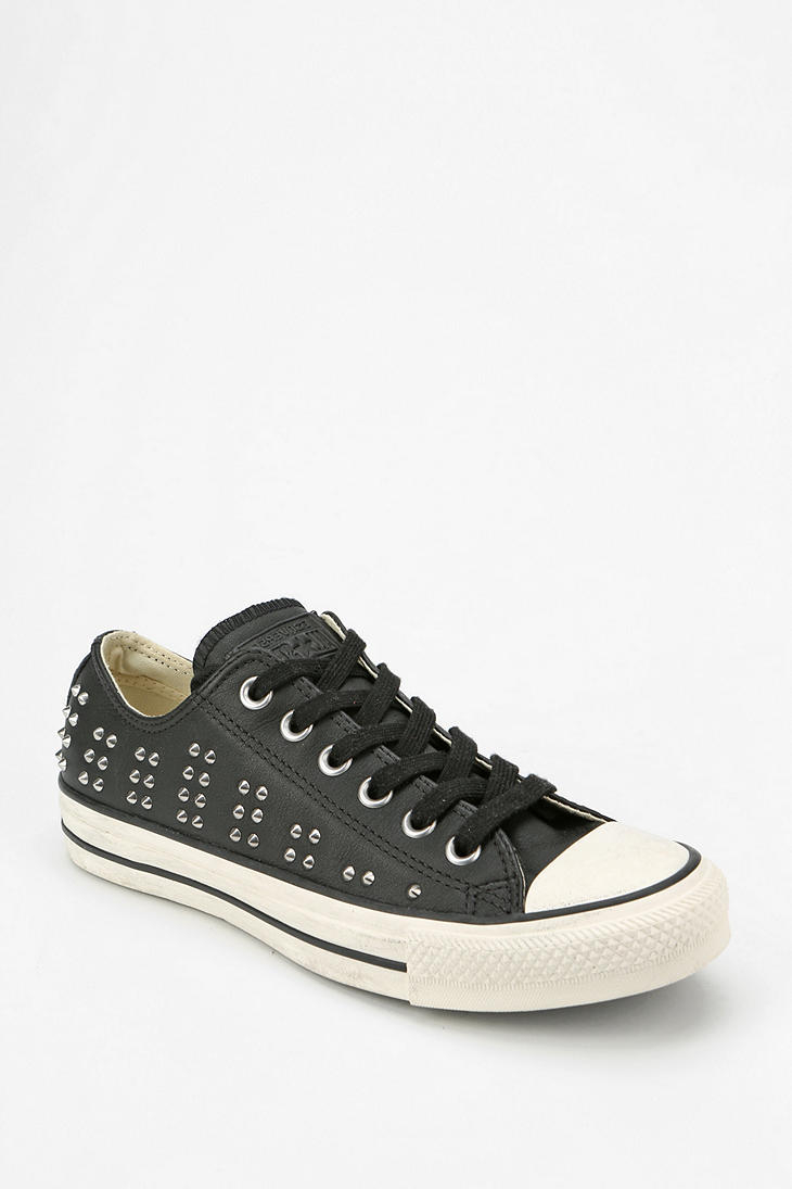 Lyst - Converse Chuck Taylor All Star Studded Leather Womens Lowtop ... a83e17832