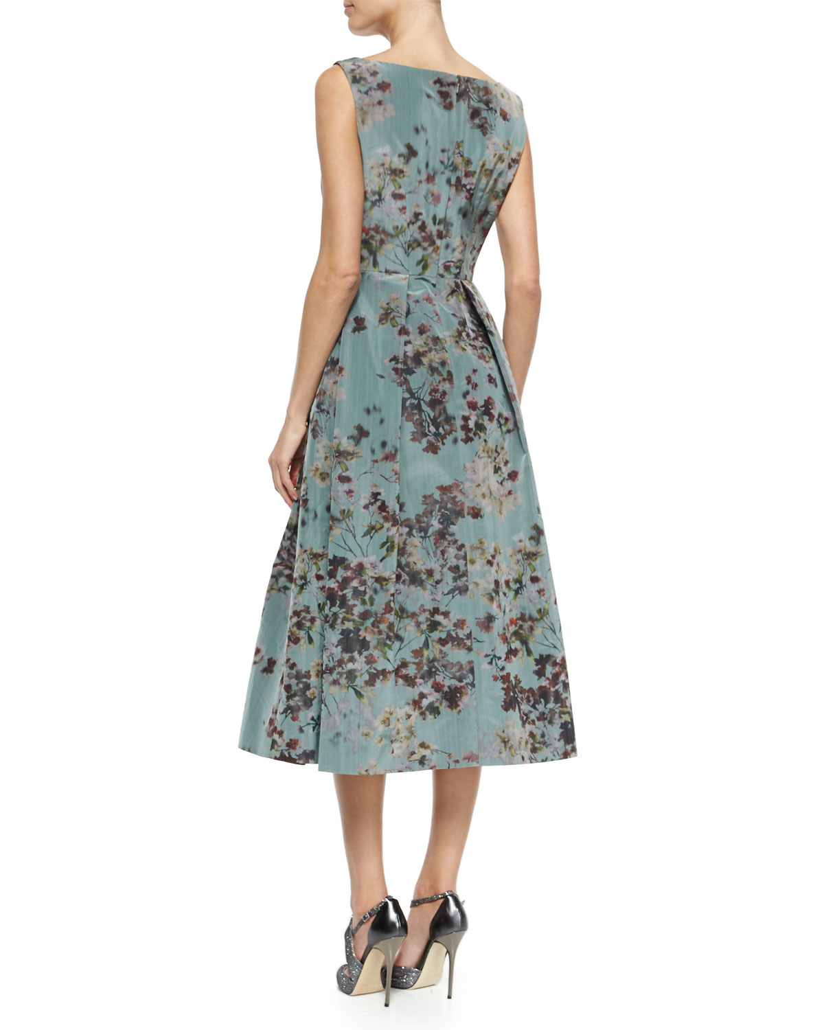 ee7ce20864c28 Kay Unger Floral Sleeveless Tea-Length Cocktail Dress - Lyst