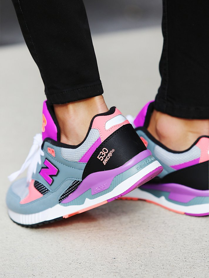 new balance 530 trainers in pink