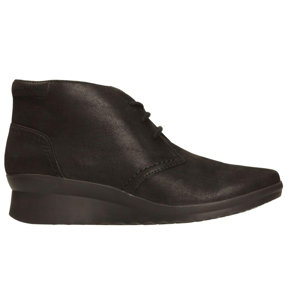 bf659dfea17b Clarks Caddell Hop Womens Ankle Boots in Black - Lyst