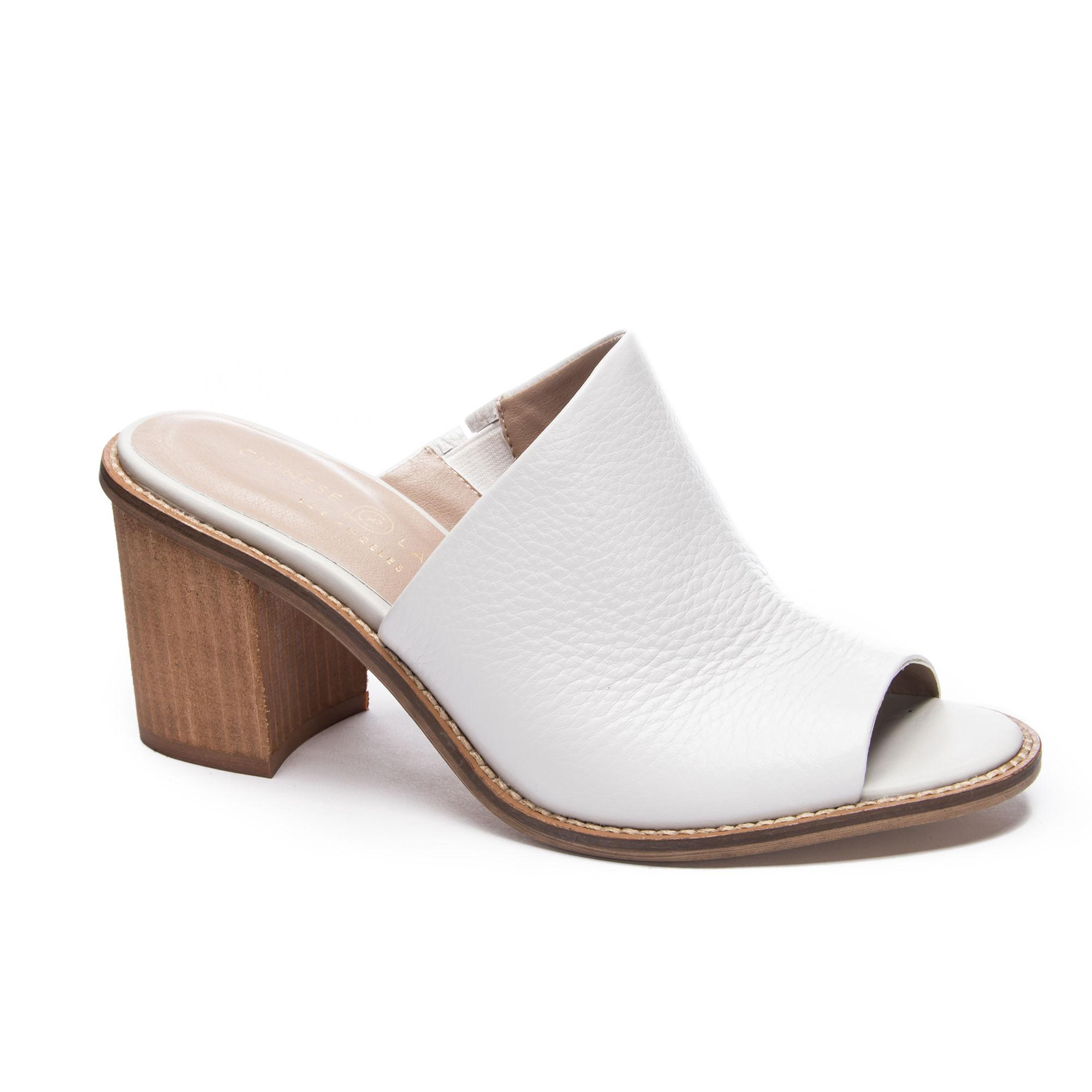 e3387cb2d5888 Lyst - Chinese Laundry Carlin Mule in White