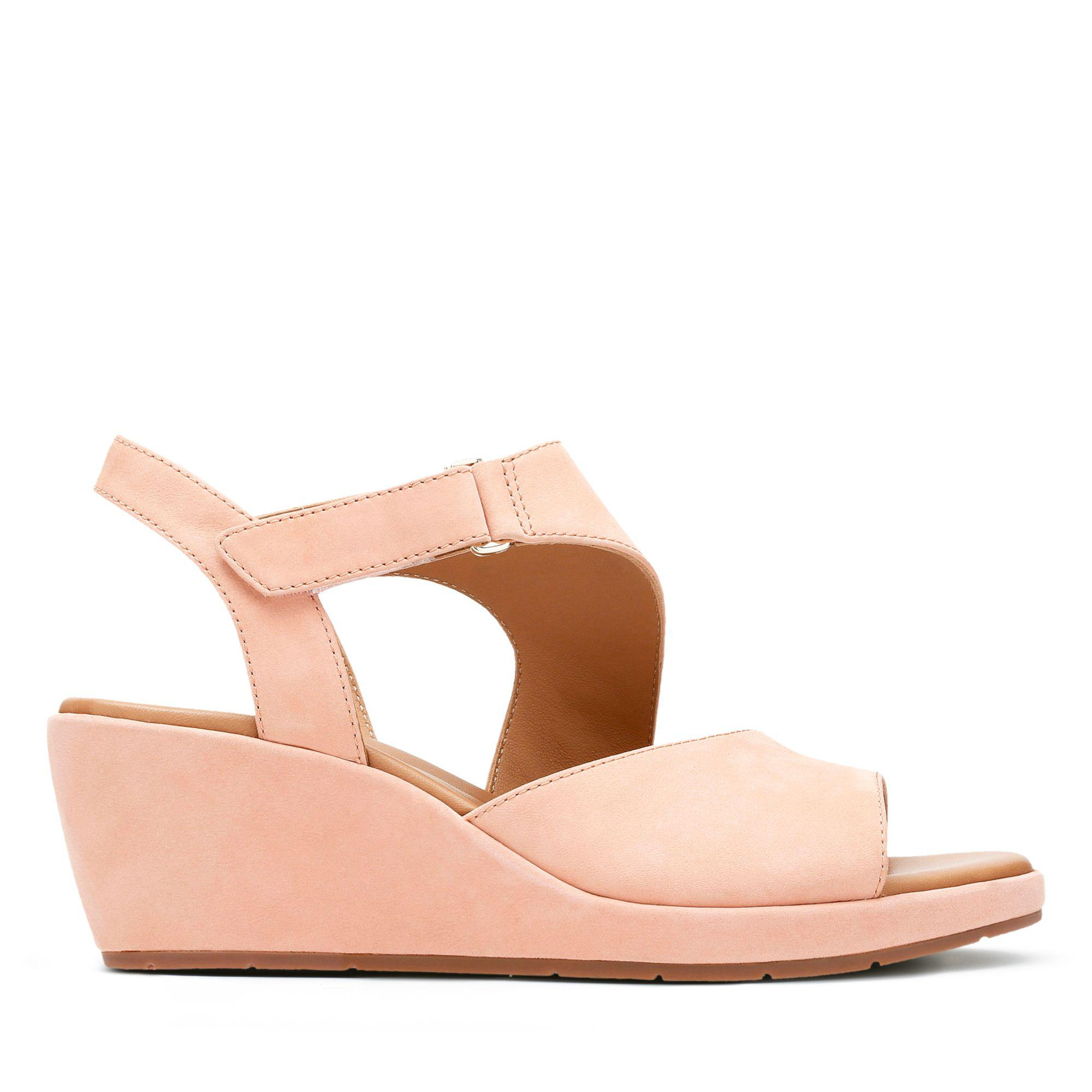 f01cede63f78 Lyst - Clarks Un Plaza Sling in Pink