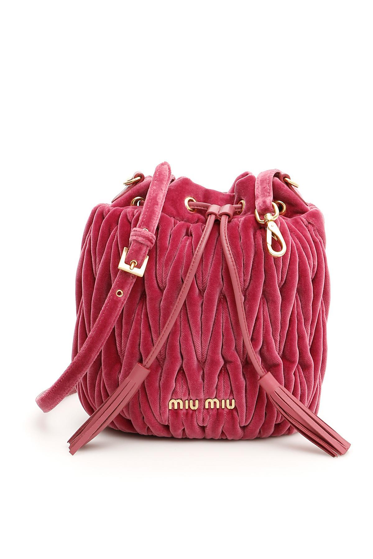 4efe9828dfa3 Lyst - Miu Miu Velvet Matelassé Bucket Bag in Red