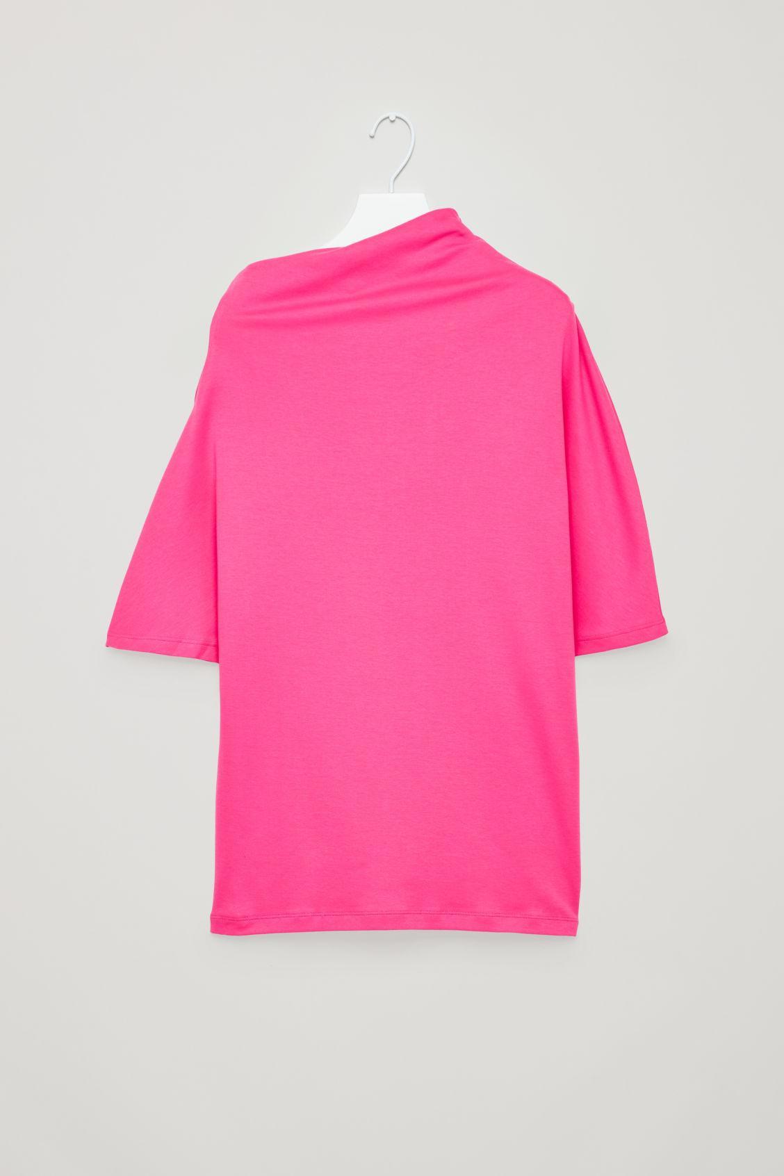e36431e093ad COS Asymmetric T-shirt in Pink - Lyst