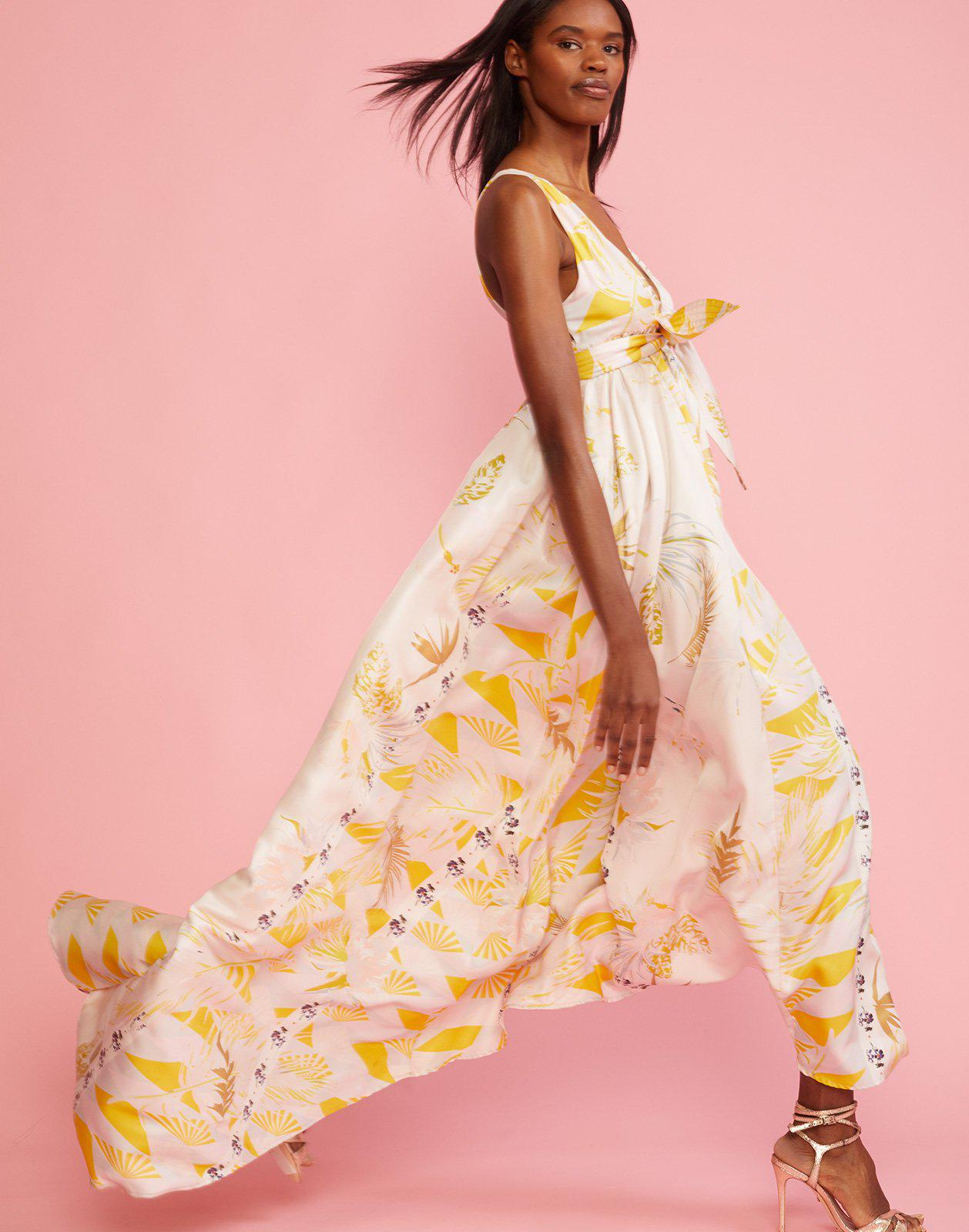 d4c4f0b6e8 Lyst - Cynthia Rowley Aurora Printed Silk Maxi Dress