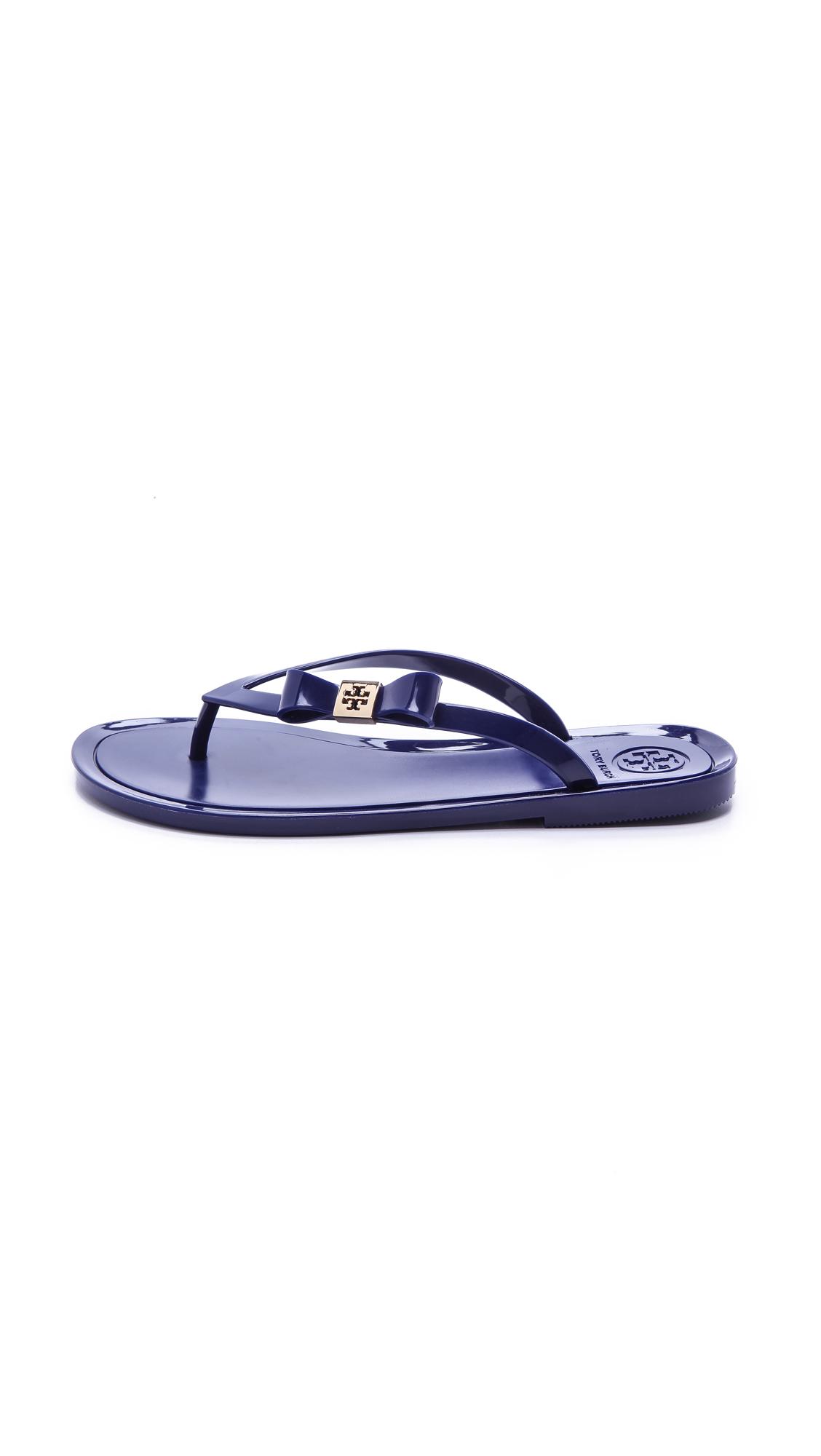 652ec9ab9832 Lyst - Tory Burch Michaela Bow Jelly Flip Flops - Dark Fuchsia in Blue