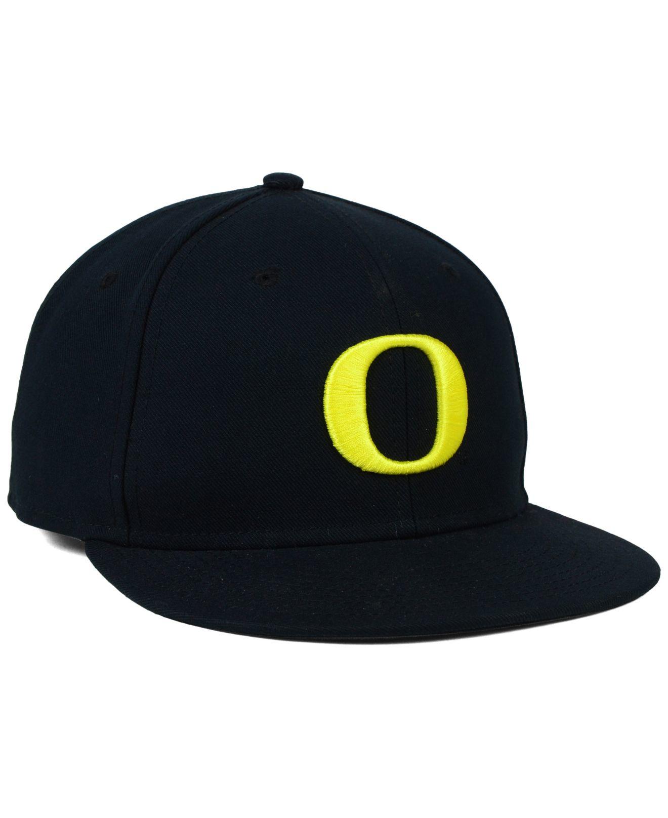63d53f3d5c9 ... best lyst nike oregon ducks true college fitted cap in black for men  a5cb4 7675a